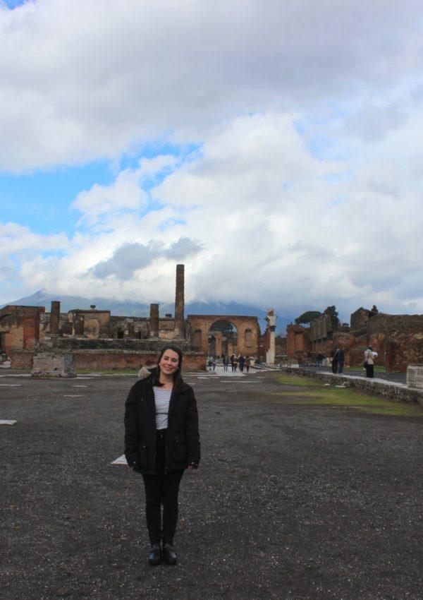 day trip naples to pompeii