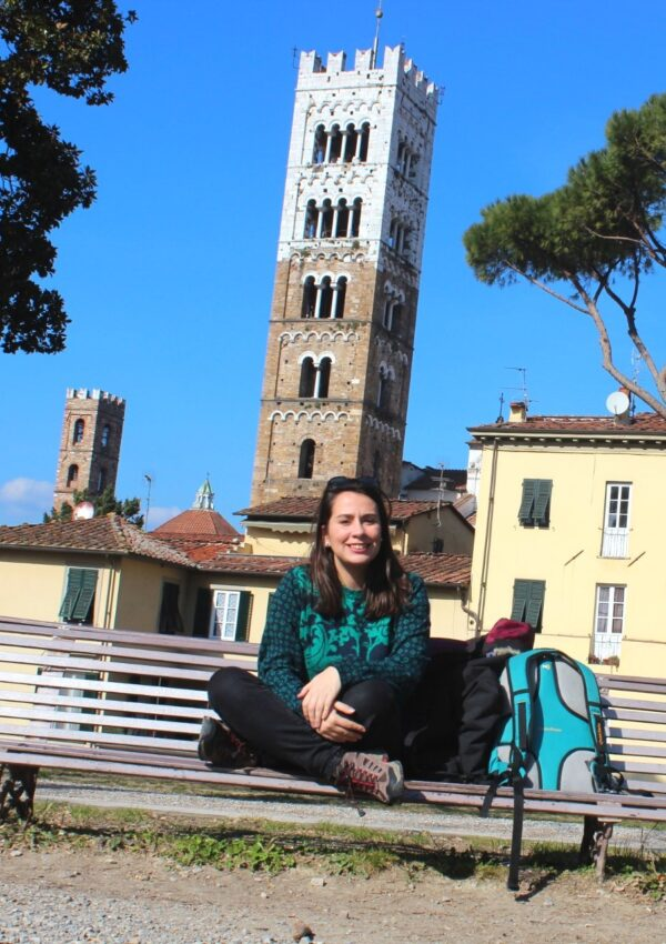 solo female traveler on a day trip to Lucca, Italy